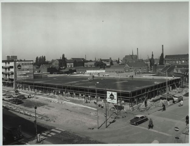 031085 - Schouwburgring. Noodwinkel V. & D. in aanbouw.