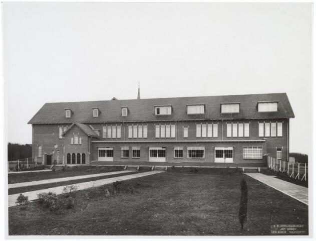 016488 - Klooster Mariahof van de Broeders Penitenten aan de Bredaseweg kort na ingebruikname