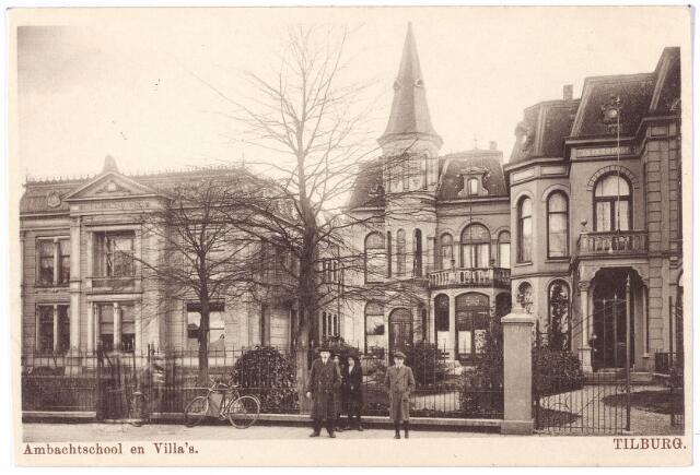 002216 - Spoorlaan 144, 146, 148 v.l.n.r. de ambachtsschool en villa's Joseph en Desiré. In villa Joseph woonde tot hun vertrek naar Goirle in 1918 de familie Mutsaerts-van Waesberghe. In de jaren 1926-1928 woonde er Emmanuel V.J.A. Mutsaerts geboren te Tilburg op 21.1.1906. In februari 1928 werd het pand weer betrokken door de familie Mutsaerts-van Waesberghe. De volgende bewoner was hun zoon Norbert J.L.A.M.  Mutsaerts geboren te Tilburg op 15.12.1901. Na de oorlog werd het pand bewoond door L.J.M. van Riel, en na hem, tot midden jaren zestig, door groothandelaar in textiel F.F.E.M.M. Mutsaerts. Rond 1965 was er het seminarie van Kanunniken van St. Augustinus gevestigd. Villa Desiré, geheel rechts, werd rond 1920 bewoond door wijnhandelaar Joannes H.A.M.C. Brouwers, getrouwd met Justina Arnold. Dit echtpaar verliet de villa in 1924. De volgende bewoner was, van 1924 tot  juli 1930, geneesheer A.C.M. Beukers. Fredericus H.M. Ouwerling, archivaris van de gemeente Tilburg, geboren te Hoeven op 7.11.1883 en getrouwd met baronesse J.P. van Heeckeren van Brandenburg, was zijn opvolger. Na de Tweede Wereldoorlog woonde in dit pand L.F. van Kempen. Volgens de adresboeken van Tilburg was hij: kok, pensionhouder, cuisinier en restauranthouder.