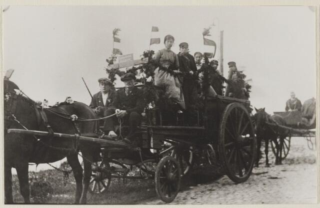 058764 - Regeringsjubileum van Koningin Wilhelmina in 1923.