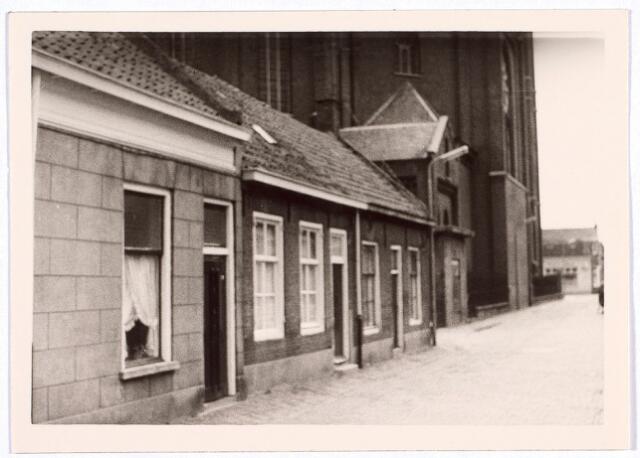 014292 - Panden St.-Annastraat 16 en 18, gelegen pal achter de kerk van de parochie St.-Anna