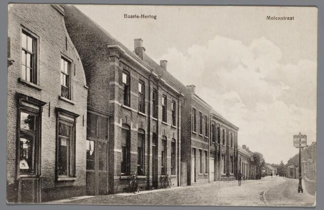 065530 - Inkijk in  de Molenstraat te Baarle-Hertog