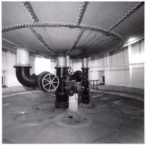016113 - Interieur van de Watertoren aan de Bredaseweg