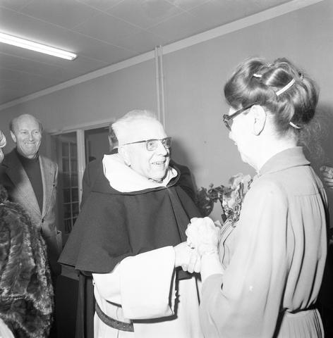 D-001623-1 - Afscheid Kruisvereniging: mevr. Janssen-Twaalfhoven