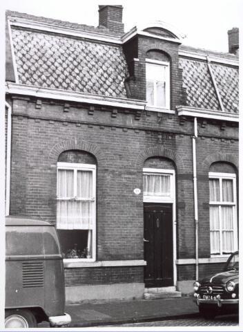 018204 - Pand Emmastraat 19 begin 1966