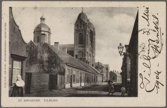 010176 - Capucijnenstraat met St. Annakerk en pastorie.