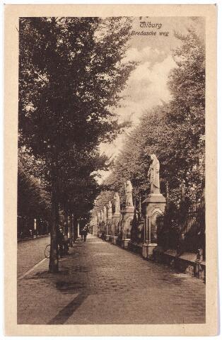 000091 - Bredaseweg met kerkhof.