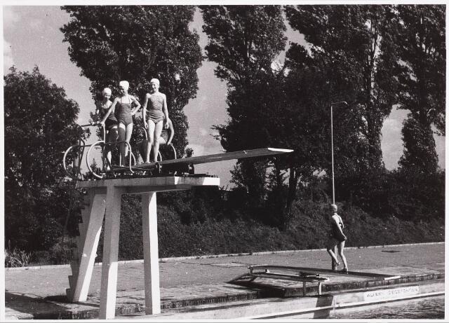 029993 - Zwembad aan de Ringbaan-Oost