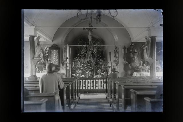 654872 - Religie. Interieur van de Hasseltse kapel.
