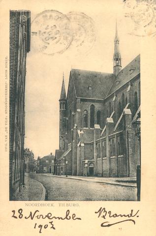 653966 - Tilburg. Noordhoek met de Noordhoekse kerk. De Heilig Hart-  (of in de volksmond:  Noordhoekse) kerk in Tilburg was een van de grotere kerken die Pierre Cuypers heeft ontworpen. Volgens kenners van de stad was het zonder twijfel een van de meest imposante kerken van Tilburg. De oorspronkelijk ontworpen toren is evenwel wegens geldgebrek nooit gebouwd.  De kerk dateerde van 1898 maar werd in 1975 onder luid protest gesloopt.