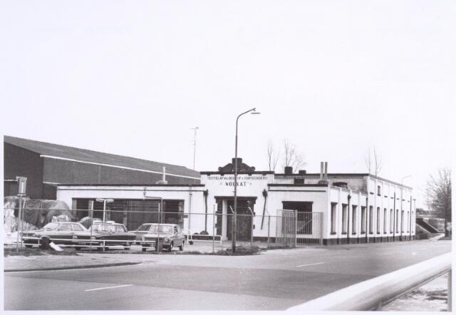 022202 - Textiel. Kunstwolfabriek De Wolkat aan de Hilvarenbeekseweg, gelegen nabij het riviertje De Leij. Het bedrijf was eigendom van Th. van Ierland