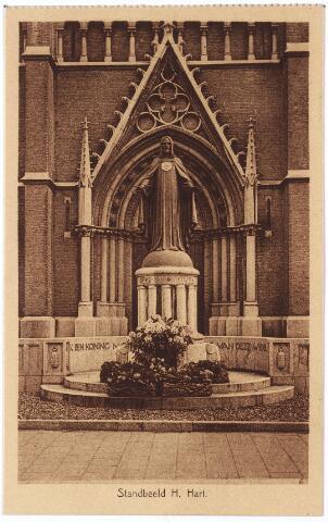 000972 - Monument H. Hart voor de St. Jozefkerk aan de Heuvel.