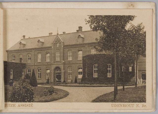 """078330 - Udenhout 1930: """"Huize Assisië"""". Gesticht voor mannelijke zwakzinnigen van den R.K. godsdienst."""