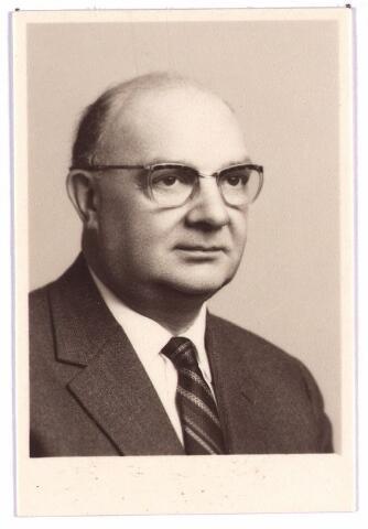 003860 - Gerard Rudolf BUDDEMEIJER, deurwaarder, geboren op 7 maart 1903 te Tilburg, aldaar overleden op 14 juni 1980. Gehuwd met Catharina Gerardina Francisca van der Schoot (Tilburg, 19 oktober 1905 - Tilburg 8 maart 1989).