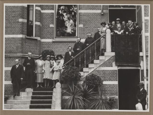 075519 - Het 12 1/2 jarig ambtsjubileum van burgemmeester J. Verwiel op 1 juli 1934.