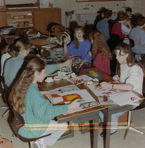 1237_012_974_009 - Onderwijs. De Lage Technische School (LTS) in Gilze in 1993.
