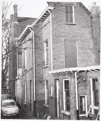032294 - Achtergevel van het pand aan de Paleisstraat 12, thans Stadhuisplein