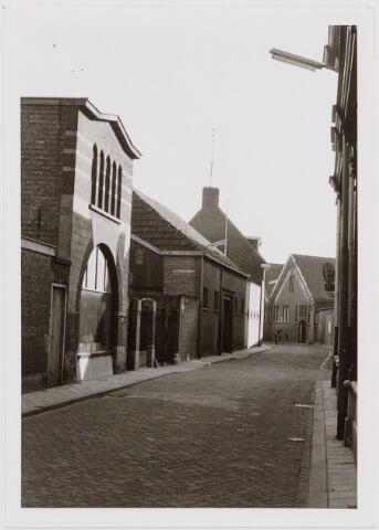 040441 - Leandre Petit had aan de Langestraat de steenhouwerij tegenover de school van monseigneur Willems. De Firma werd opgericht in 1865.
