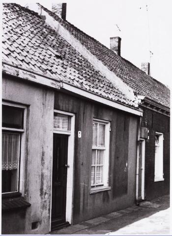 034462 - Lijnse Zijstraat 7. De Lijnse Zijstraat is -na afbraak van de aangelegen woningen- opgegaan in de Von Weberstraat.