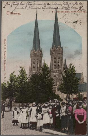 011342 - Heuvel, kerk St. Jozef en lindeboom