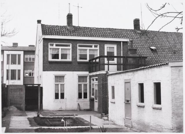 029460 - Reitse Hoevenstraat, achtertuin nummer 64