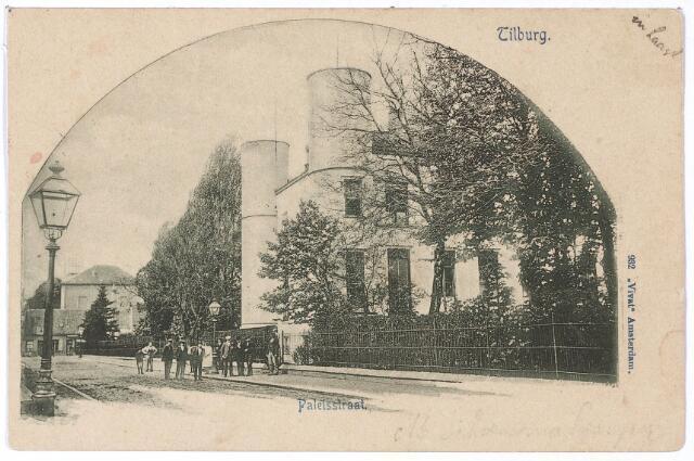 002413 - Onderwijs. Paleisstraat richting Markt met rechts Rijks H.B.S. Koning Willem II.