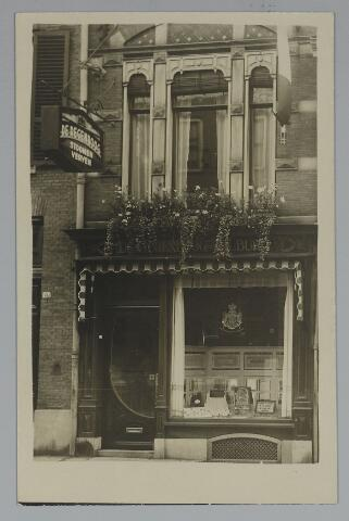 071793 - Filiaal van stoomververij en chemische wasserij de Regenboog in Arnhem.