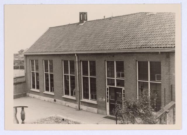 025669 - School aan de Heikant (tegenwoordig Leharstraat) in mei 1966