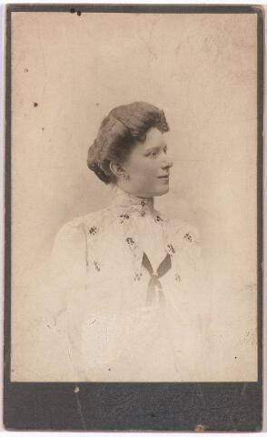 006276 - Potret Christine de Weyer.
