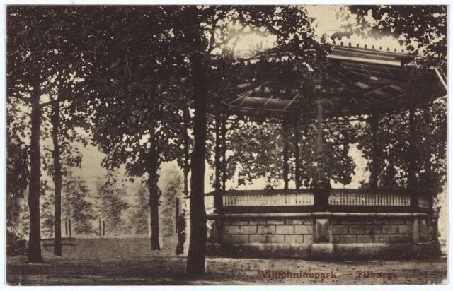 002913 - Muziekkiosk in het Wilhelminapark.