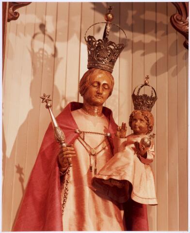 020341 - Beeld van Maria in de Hasseltse kapel