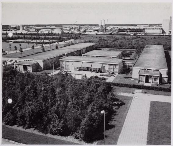 041944 - Gezondheidszorg. Verpleeghuis Joannes XXIII, gelegen achter het Mariaziekenhuis aan de kanaalzijde.  Het verpleeghuis werd in 1967 geopend.