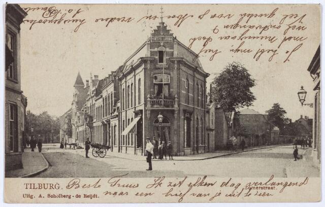 003051 - Links de Zomerstraat richting Korvel, rechts het begin van de Bredaseweg. In het midden de winkel van de firma Knegtel-Latour.