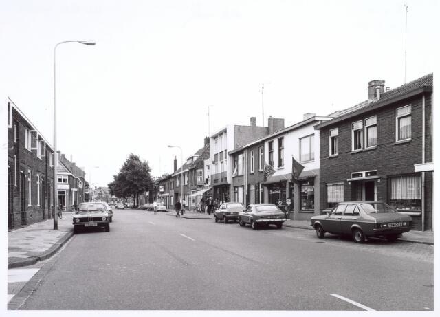 016675 - Broekhovenseweg in de richting van de Ringbaan-Zuid