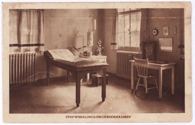 001265 - elisabethziekenhuis. Gezondheidszorg. Ziekenhuizen. Stofwisselings-onderzoekkamer in het St. Elisabethziekenhuis aan de Jan van Beverwijckstraat.