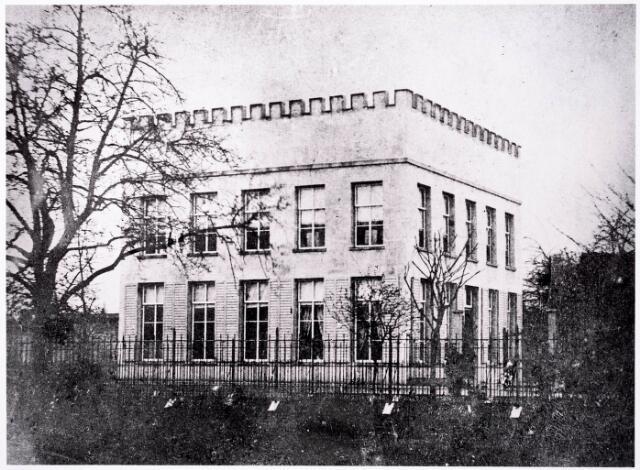 032261 - Natuurhistorisch Museum aan de Paleisstraat 18-20.