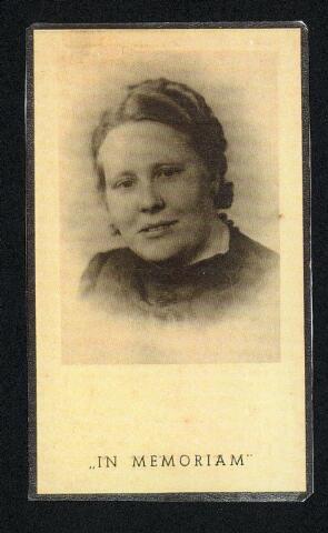 604540 - Oorlogsslachtoffers. Bidprentje. Joanna Maria Heefer-Spaninks, zij werd geboren op 28 januari 1912 in Tilburg en overleed op 19 oktober 1944 in Tilburg op 32 jarige leeftijd.  De stad Tilburg kwam vanaf 14 oktober 1944 in de vuurlinie te liggen. Granaten kwamen neer op verspreid liggende punten, aanvankelijk met grote tussenpauzes. Op woensdag 18 oktober 1944 vielen er granaten in o.a. de Heile Schoorstraat waarbij Joanna Heefer omkwam.