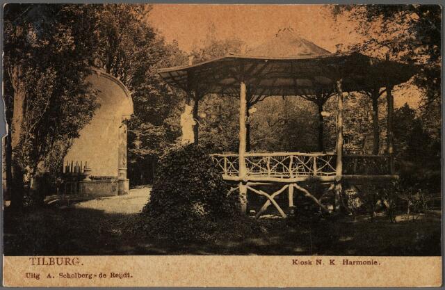 010738 - Stationsstraat, tuinbeeld en kiosk in de tuin van sociëteit de Nieuwe Koninklijke Harmonie.