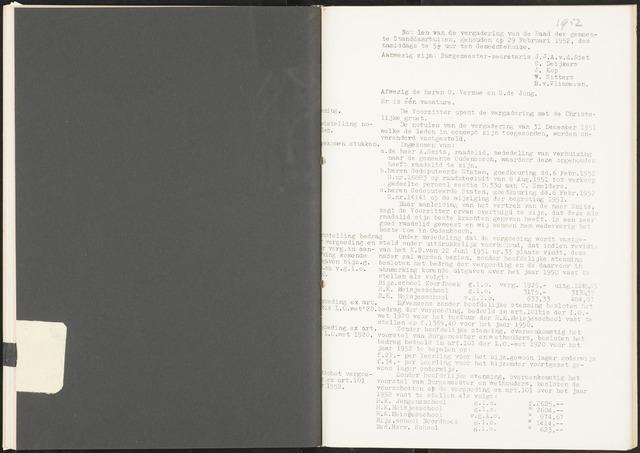 Standdaarbuiten: Notulen gemeenteraad, 1937-1996 1952-01-01