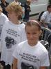 kinderen met protest shirt