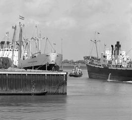 schepen in de buitenhaven