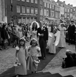 Huwelijk van Harry Roepers en Joan Hupkes, dochter van de Schelde directeur J. W…