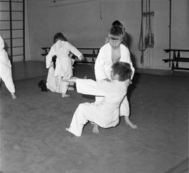 les op de judoschool