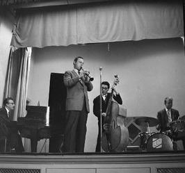 Peter Schilperoort voor Jazz Society; klarinet