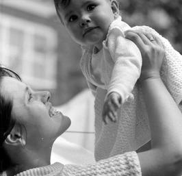 mevrouw Don met haar dochter Dominique