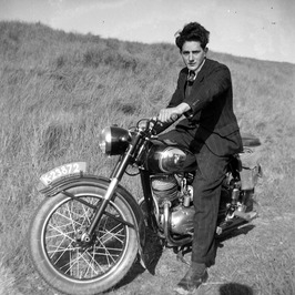 Puch, waarschijnlijk 250cc tweetakt; kenteken K 23872