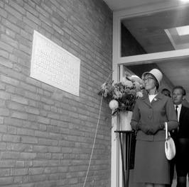 opening nieuwe sociale werkplaats en onthulling gedenksteen ter nagedachtenis aa…