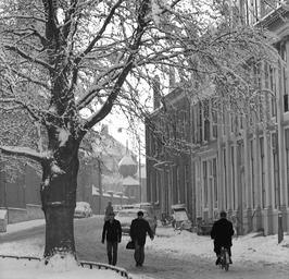 in de winter, sneeuw
