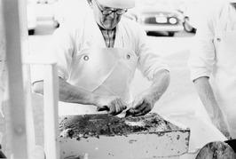 viskraam van C. Fondse op de Markt