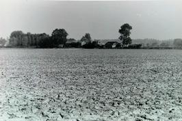 achterzijde, gezien vanaf Molendijk